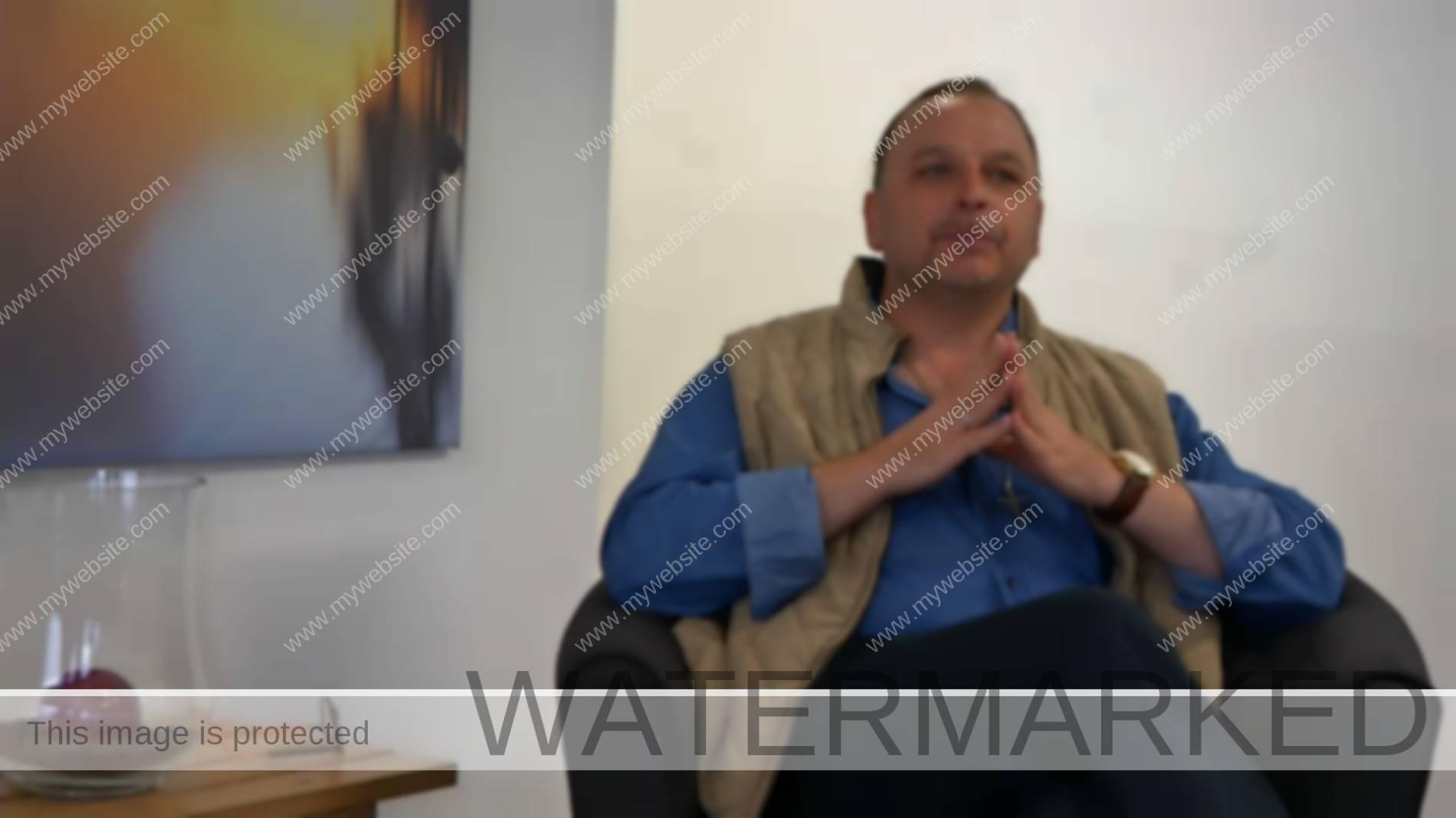 L'Abbé Vincent Roos parle de ses projets futurs